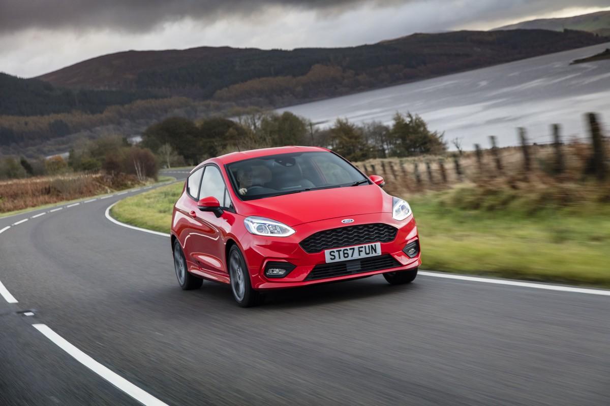 Nuova Ford Fiesta 2018 Potenziata La Produzione Foto